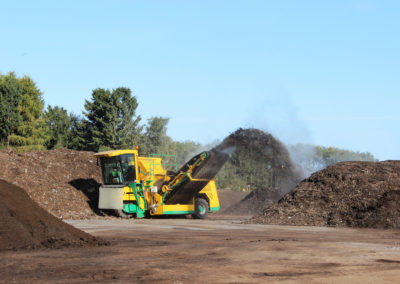 tjt-kompostisoelumine-masintehnika